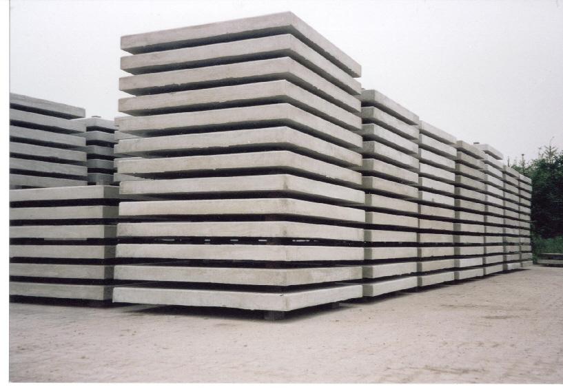 Volle vrachten betonplaten
