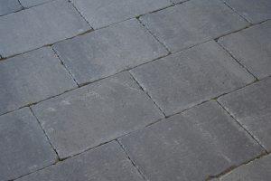 Abbeystones 30x40x6cm ivory getrommelde betonstenen in een beige kleur