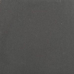 zwarte betontegels in het populaire 60x60 formaat vindt u bij Totaal Bestrating
