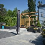 Soft Comfort 30x0x4cm Grezzo, Optimum DC graphite Rose, Linia 10x15x60cm antraciet, gerealiseerde tuin, douglas overkapping, beton-schutting systeem